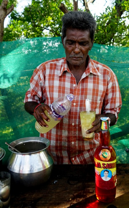 """He offered me to try another version nungu drink which is made of """"pathani"""" a non alcoholic version of toddy has an extremely cooling sensation"""
